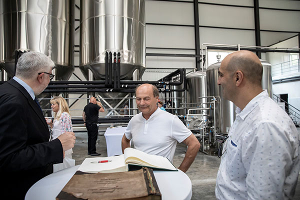 Podpis Františka Bílka v pamětní knize pivovaru