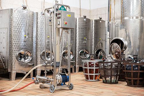 crossflow filtr ve vinařství Konečný