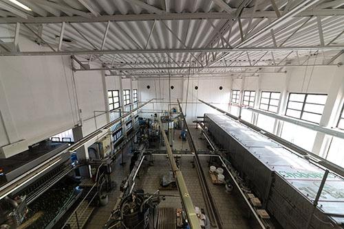 Lahvovaví linka v pivovaru Chodovar