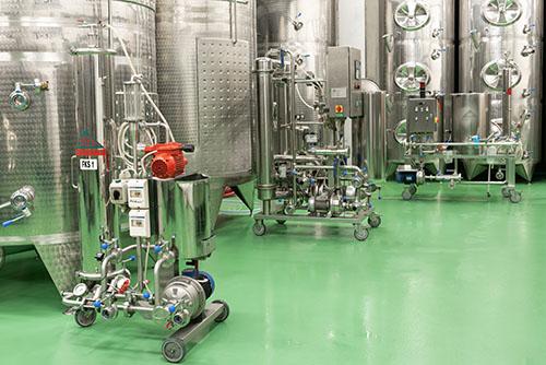 Filtry na víno ve vinařství Šabata